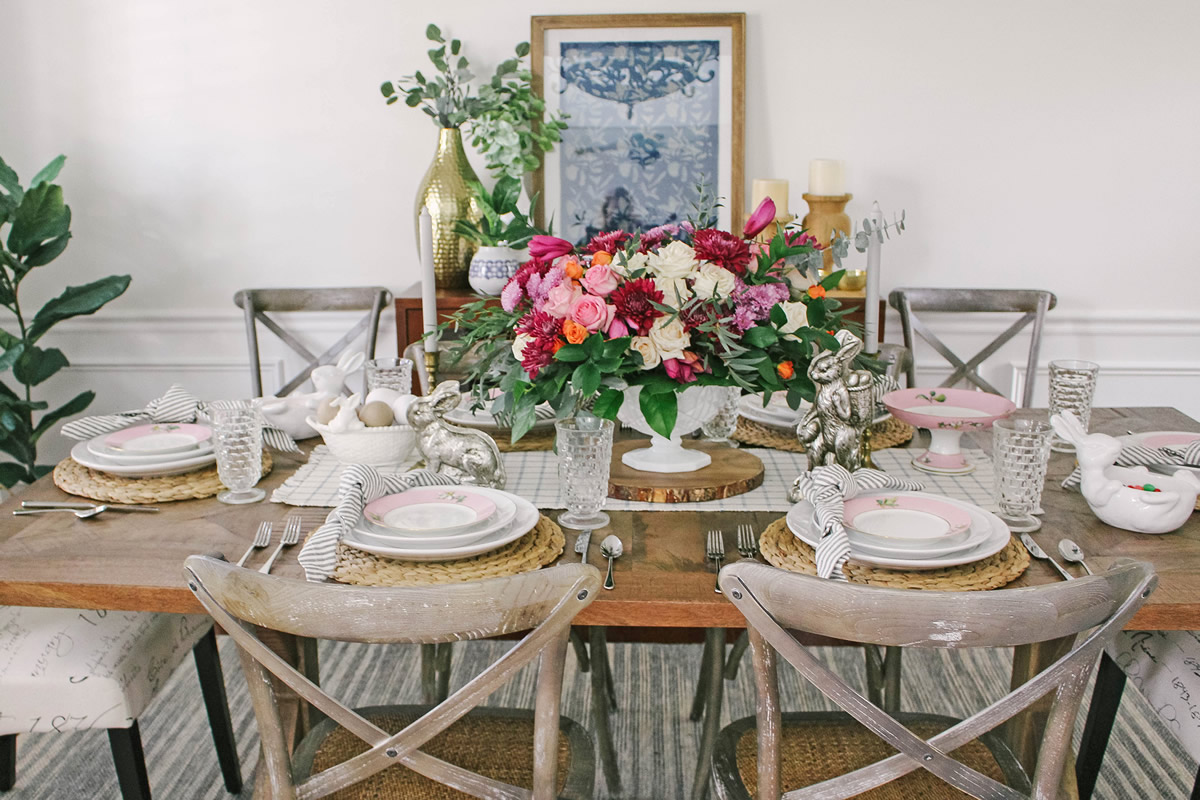 Set a Beautiful Springtime Table by Using These Tips
